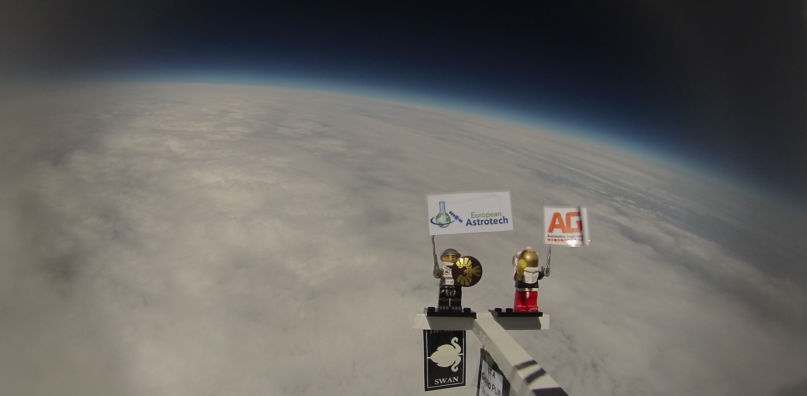 Space Balloons by EAL High Altitude Balloons Image 1